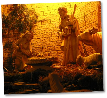 Krippe - St. Antonius, Künzell - Aufnahme: mh 24. Dezember 2005