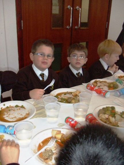 Children's Christmas Lunch 2015[11]