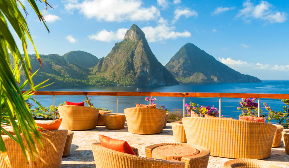 The perfect step by step Itinerary for Visiting St Lucia in 7 days