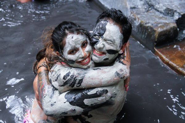 Mud Bath in the Sulphur Spring St.Lucia pic