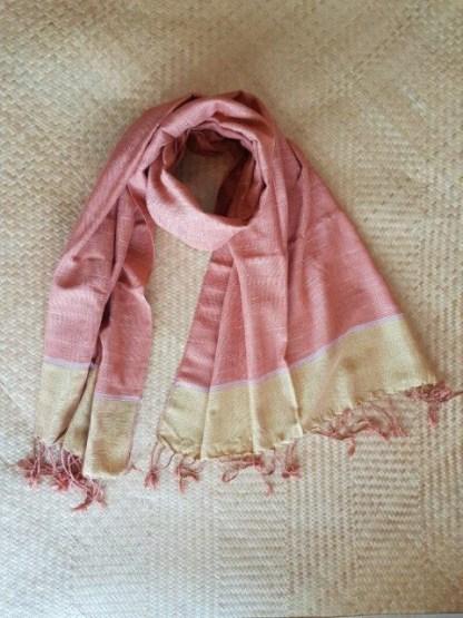 handgeweven katoenen sjaal uit Buriram Thailand