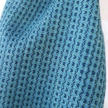 blauwgroene sjaal met indigo en groen
