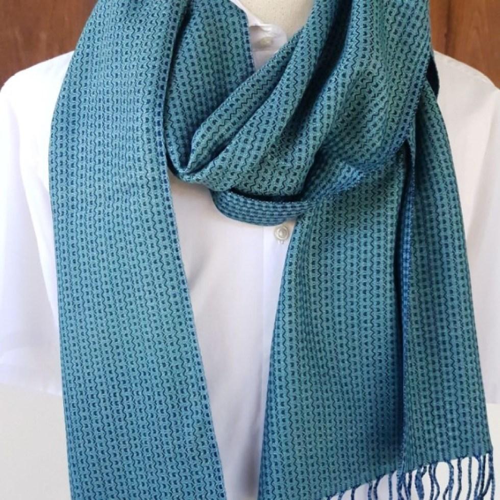 ibizablauw is een van de kleuren voor de komende herfst winter