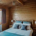 Stablewood Coastal Cottages Grey Heron Double Bedroom