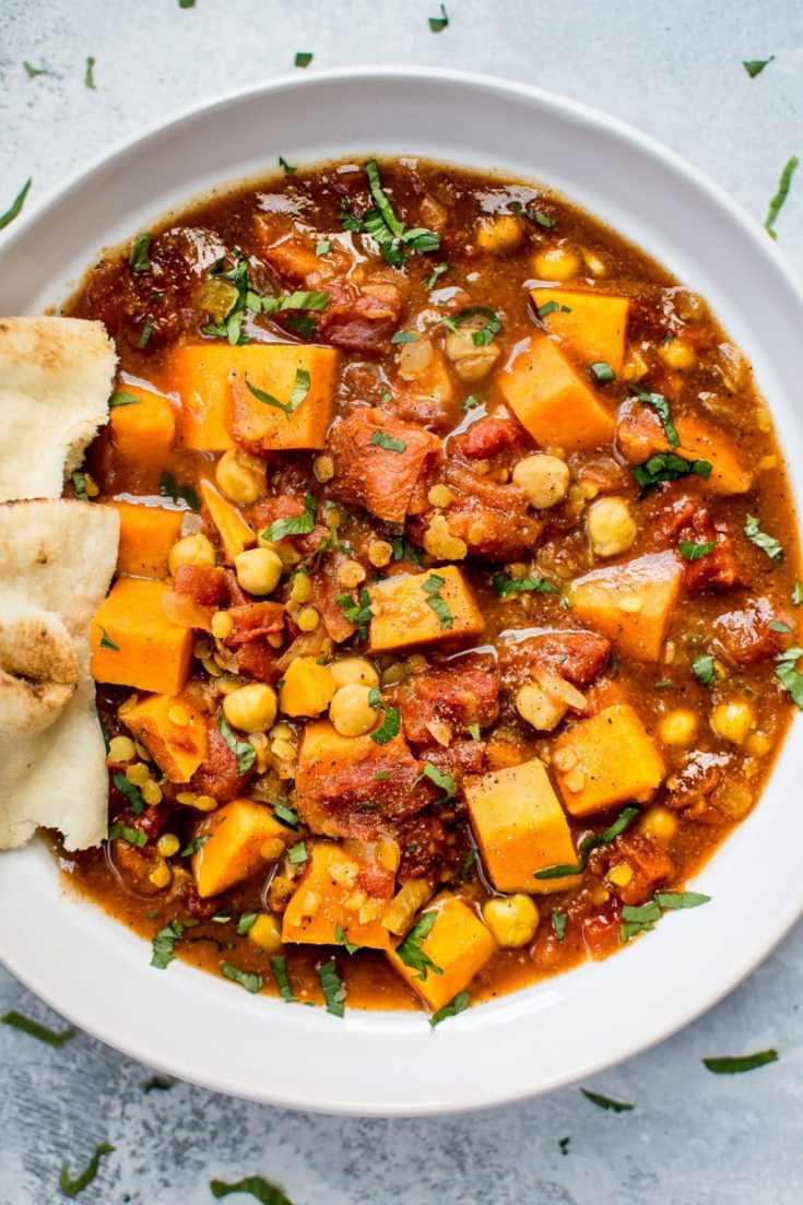 Vegan Sweet Potato Curry (Crockpot Recipe)