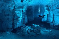 20 Astonishing Caves You Can't Believe It Actually Exists