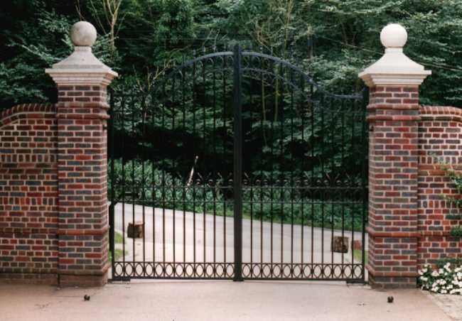 Victorian Gates Estate Entrance Reproduction Gates