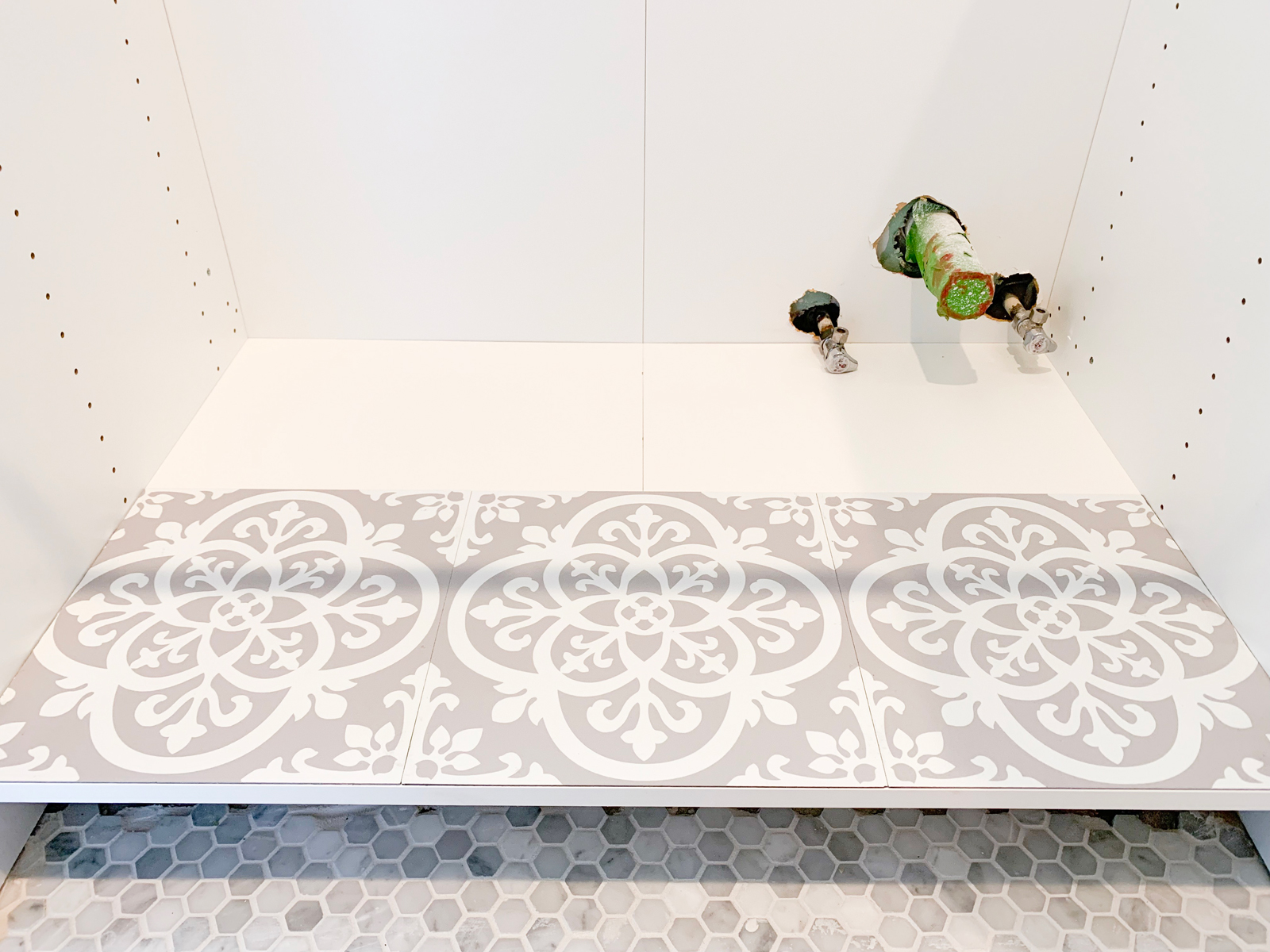 how i used pretty peel stick tile to