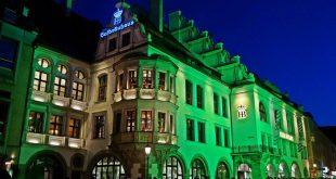 Hofbräuhaus in Grün St. Patricksday München