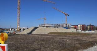 Im Vordergund der beiden Baufelder der Wohnungsgenossenschaft Progeno in München Freiham-Nord
