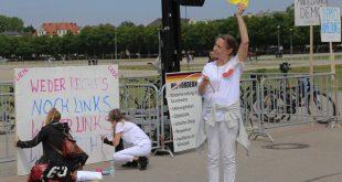 Ordnerin bei Demo gegen Corona-Maßnahmen Theresienwiese München 16.5.2020