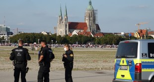 Eine Demo der Corona-Rebellen auf der Theresienwiese an Allerheiligen mit 1.000 Teilnehmern wurde genehmigt