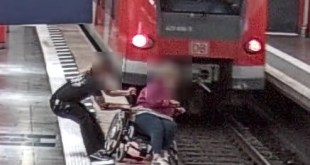Junger Mann bewahrt Rollstuhlfahrerin vor Absturz in S-Bahngleis