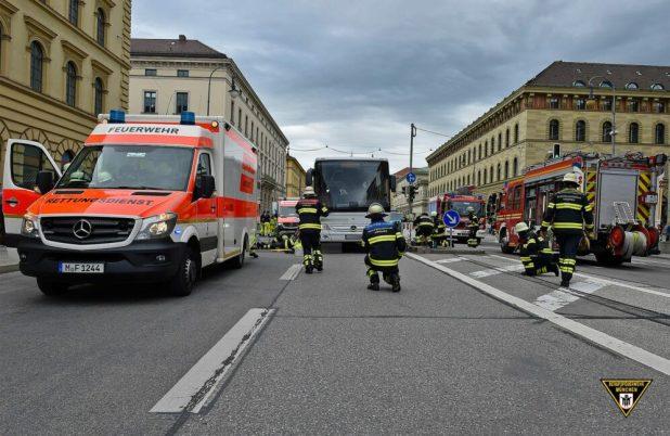 Tödlicher Verkehrsunfall mit Bus