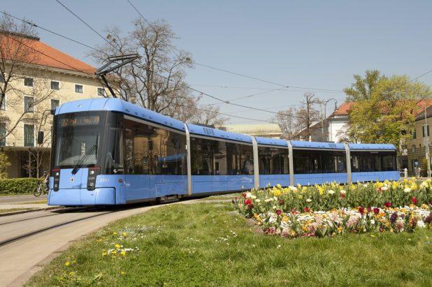 MVG Variobahn Karolinenplatz