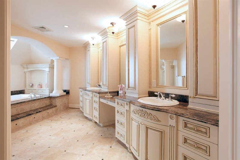 Custom Bathroom Cabinets Online