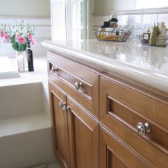 Pulls For Kitchen Cabinets Unfinished Cabinet Doors Knobs Simple Ways