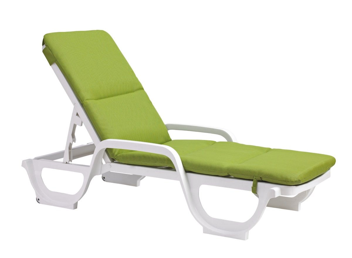 outdoor chair for elderly hospital recliner chaise lounge cushions creates comfortability