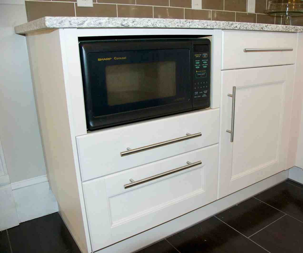 Cabinet Microwave