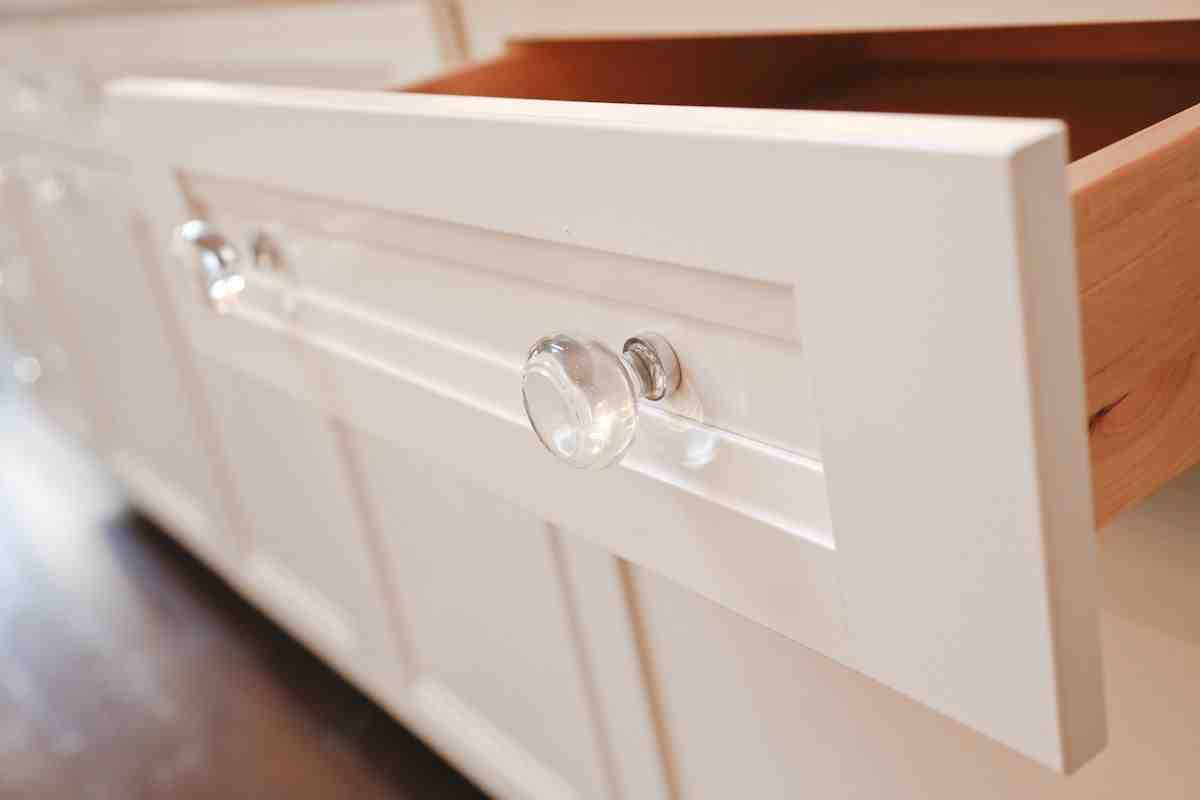 Glass Knobs for Kitchen Cabinets