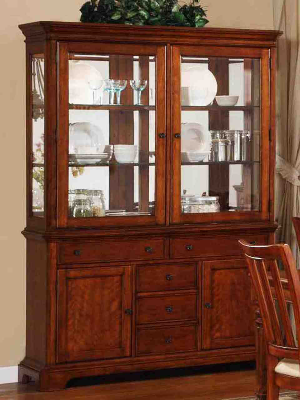 China Cabinet Brings Traditional Style and Storage to Your