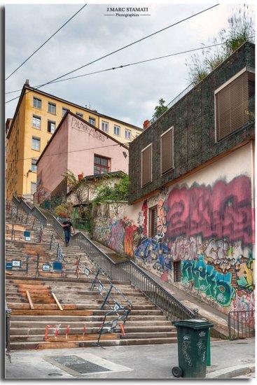 Escaliers de la croix rousse. Lyon photographe JMarc Stamati