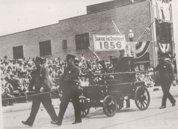 1941 Tercentinary Parade - The Rippowam, Stamford First Pumping Apparatus