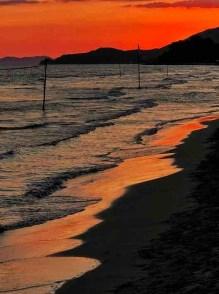 Il mare della Toscana al tramonto