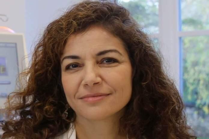 Università di Firenze, primo piano della ricercatrice Paola Romagnani