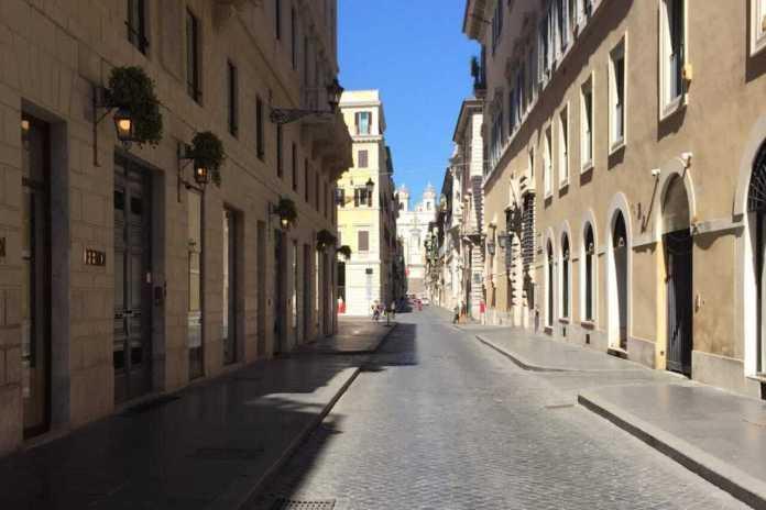 Centro di Roma deserto durante il lockdown