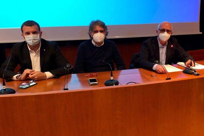 Verona, il ministro Centinaio il sindaco Sboarina e il consigliere Corsi alla riunione sul museo del vino
