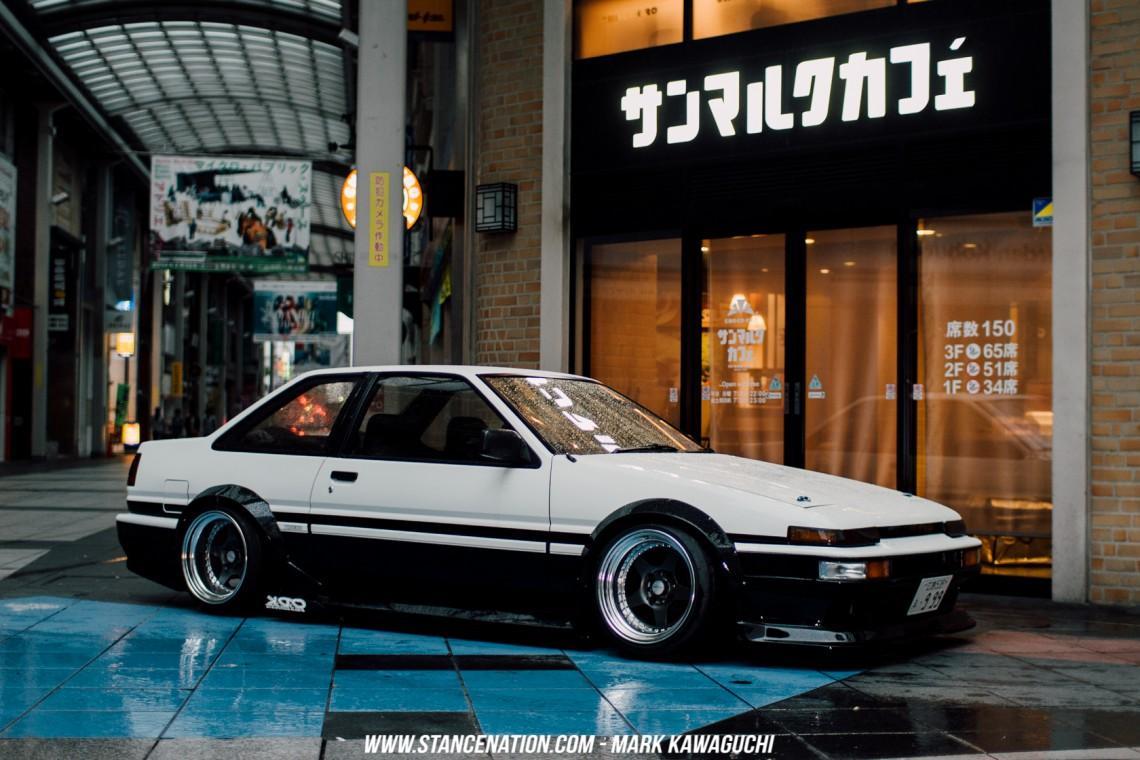 Stanced Drifting Cars Wallpaper 1366x768 Old School Perfection Takanobu S Toyota Sprinter Trueno