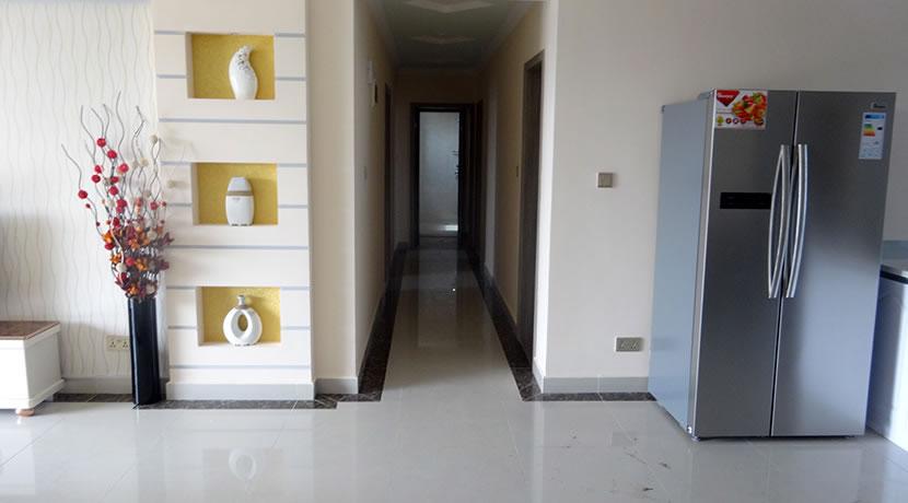 3 Bedroom Apartments: Crest Park For Sale in Hurligham