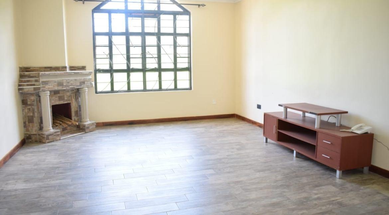 5 Bedroom Maisonette To Let in Kitisuru 18