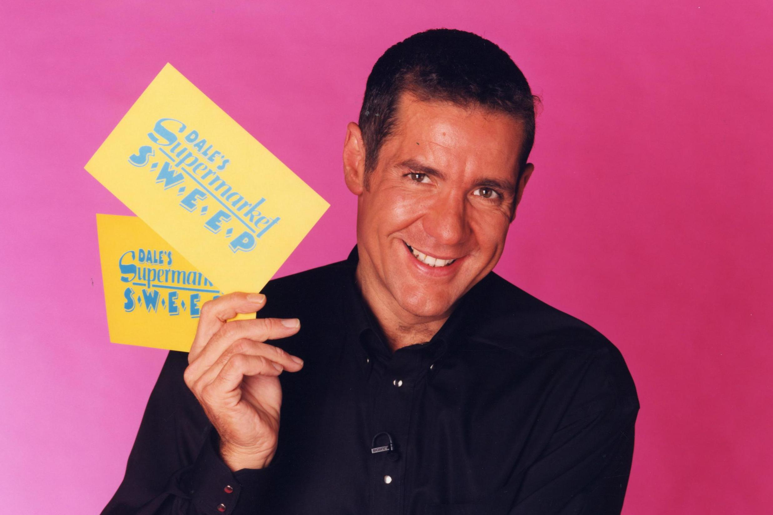 Dale Winton Stars pay tribute to Supermarket Sweep