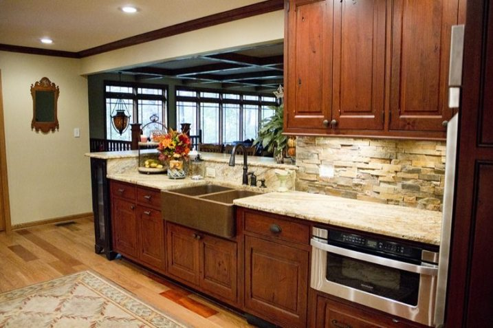 Standard Kitchen & Bath | Mouser Vintage in Beaded Inset | Kitchen Cabinets in Knoxville TN
