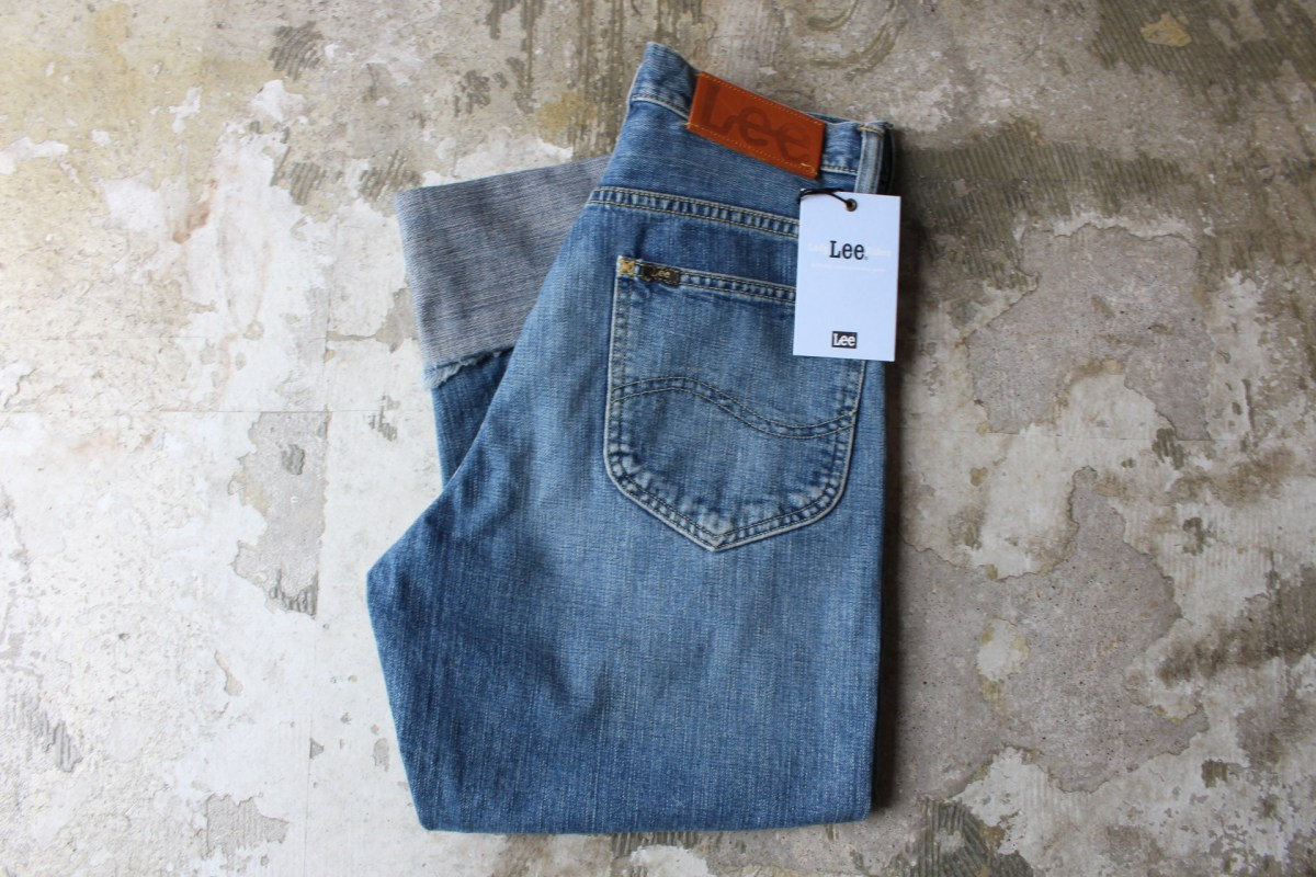 LEE LOOSE ROLL-UP DENIM PANTS