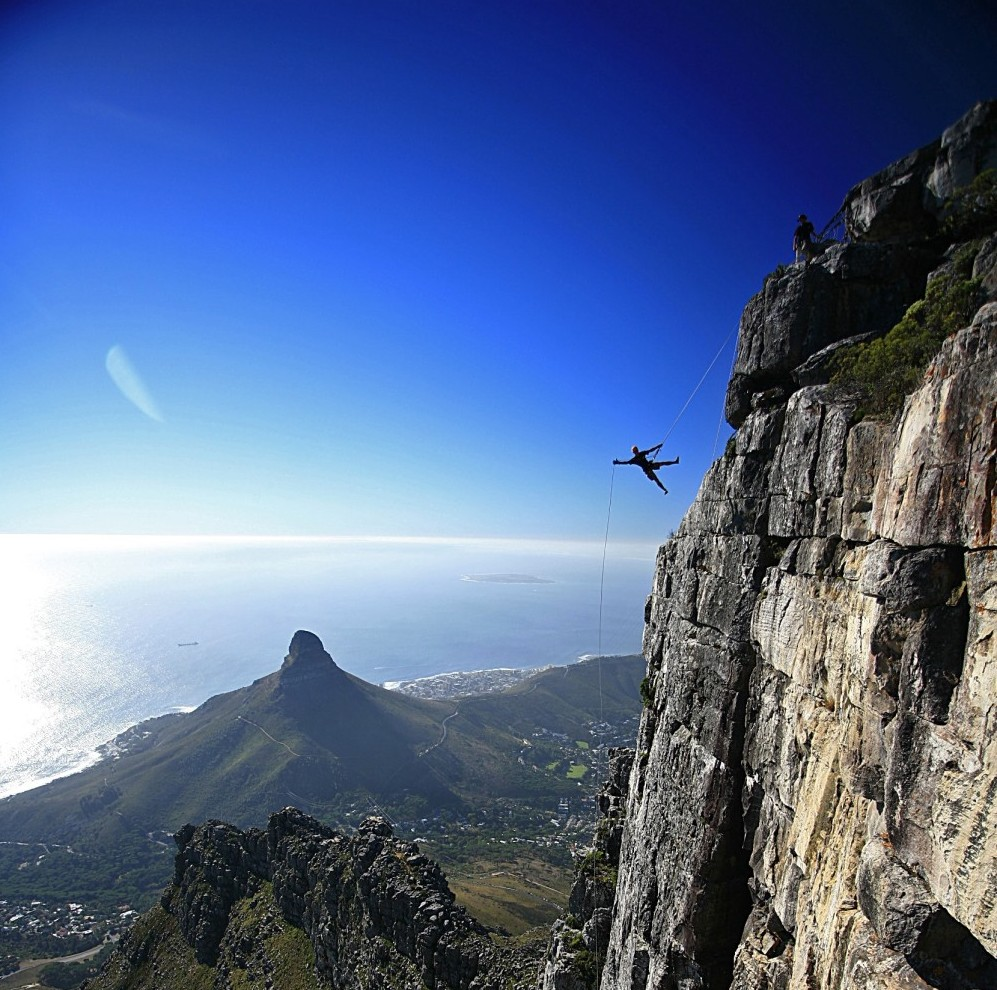 Extreme africa abseil table mountain for Table mountain