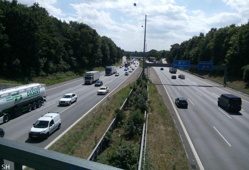 Ik moest een snelweg oversteken - Standort Hamburg