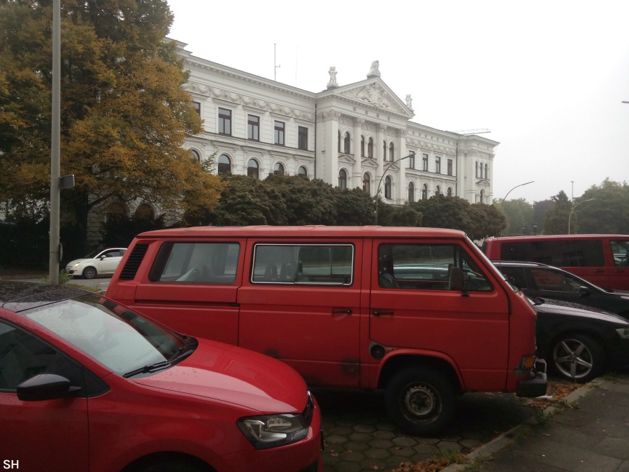 Rood voor het raadhuis - Standort Hamburg