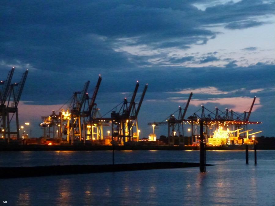 Fietsen in de haven van Hamburg - Standort Hamburg