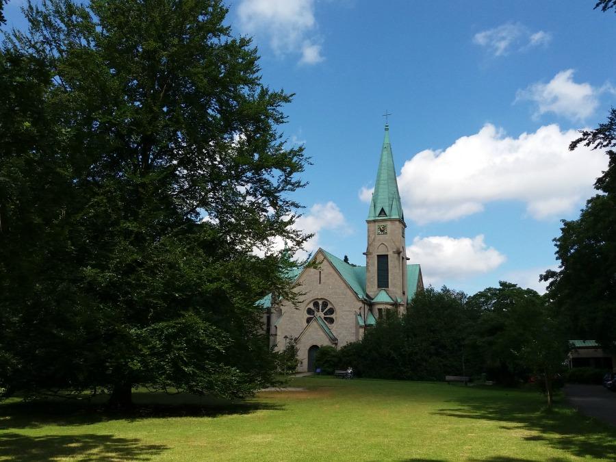 M20160704111523_Standort Hamburg_Christuskirche Othmarschen
