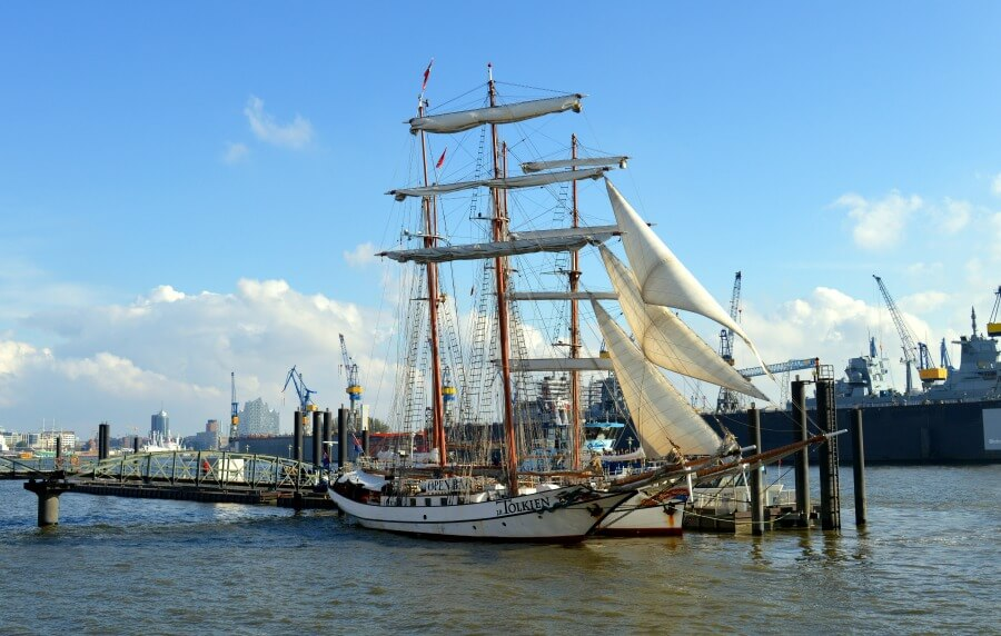 Programma van de Hafengeburtstag: historische schepen