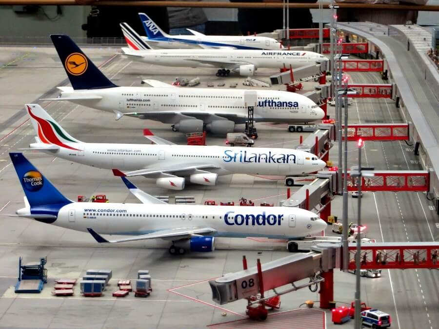 Met het vliegtuig naar Hamburg - tips | Standort Hamburg