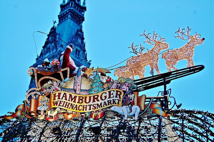 kerstsfeer proeven in Hamburg: kerstmarkt bij het Rathaus