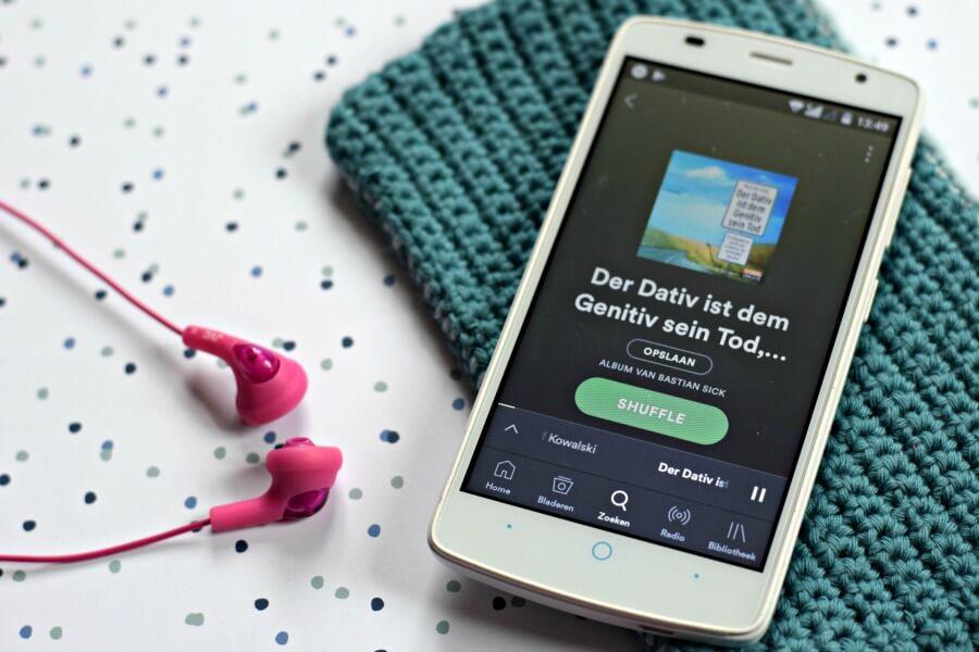 Duitse luisterboeken: Der Dativ ist dem Genitiv sein Tot