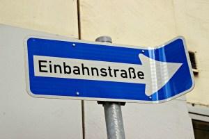 Bijzondere straatnamen in Hamburg - van Rutschbahn tot Schwübb