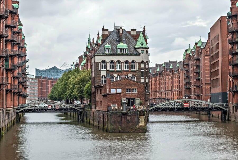 Historische gebouwen vind je overal in de Speicherstadt