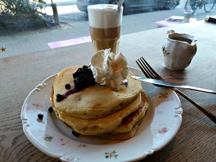 Vegan eten in Hamburg: pancakes bij Mamalicious