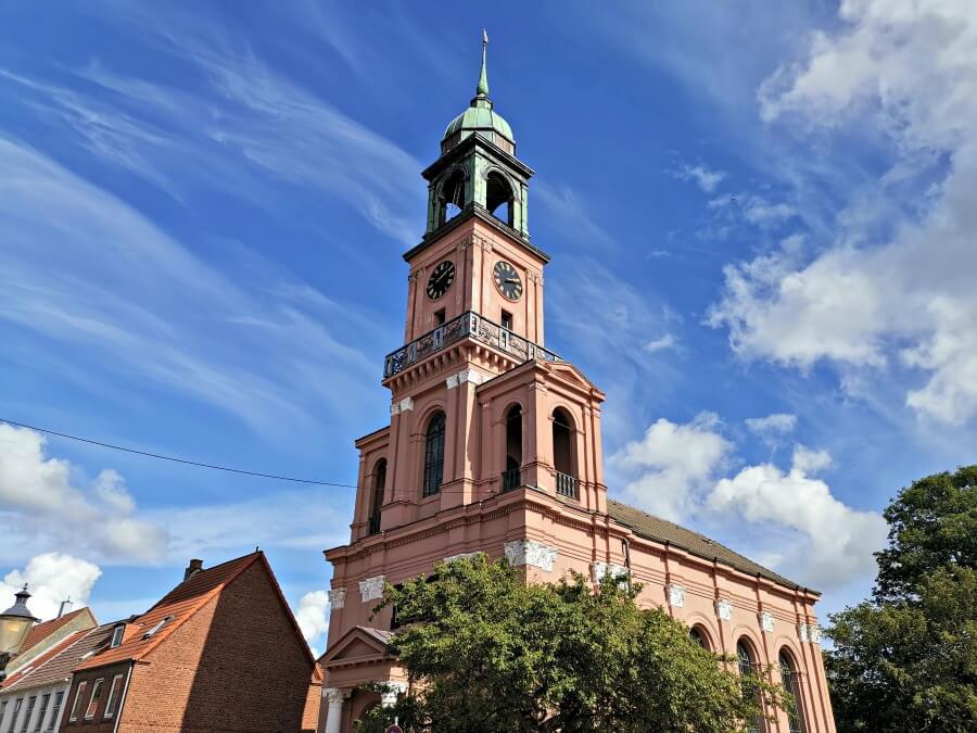 Bezienswaardigheden Friedrichstadt: Remonstrantste kerk